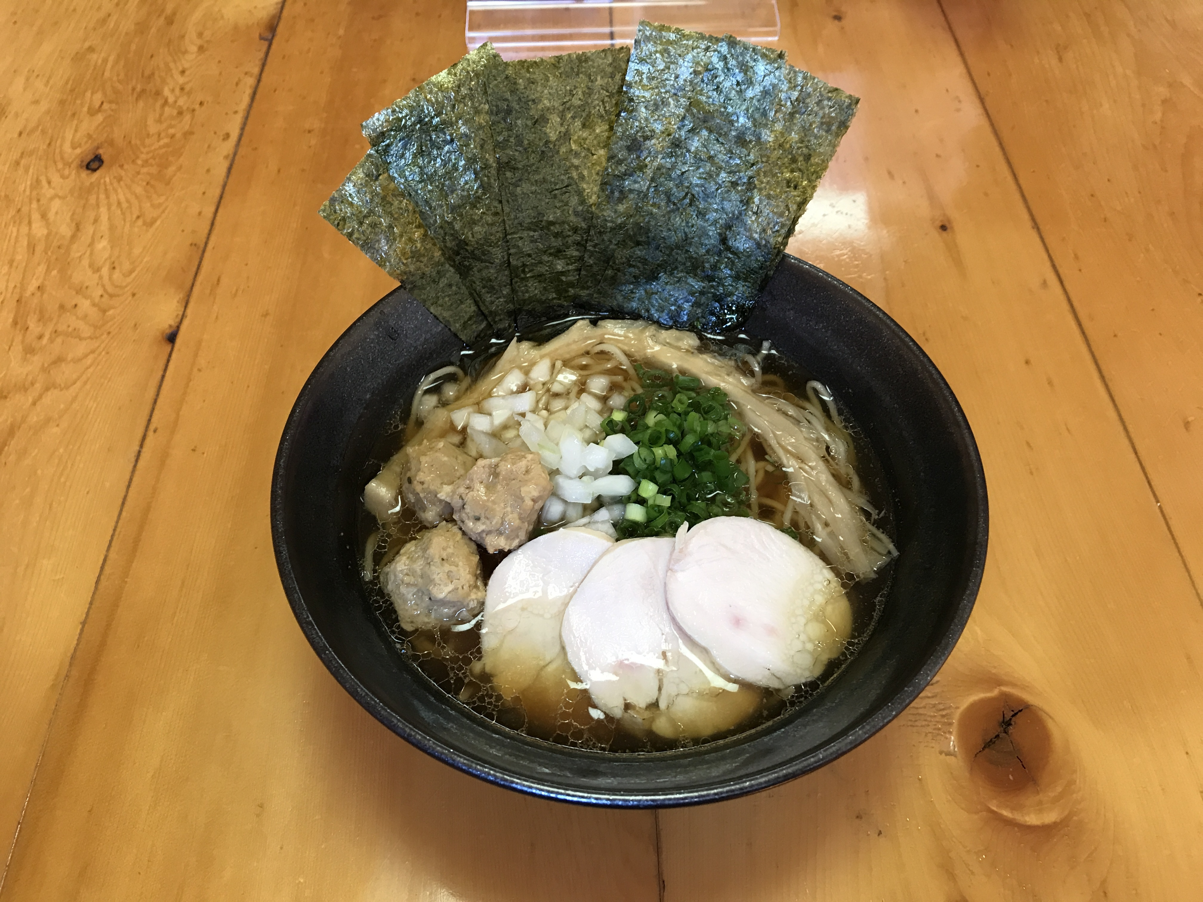 比内地鶏スープ使用 鶏そば(醤油)