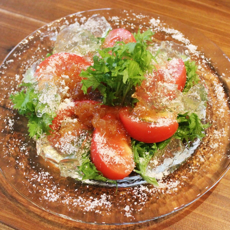 完熟トマトとワサビ菜のサラダ(650)
