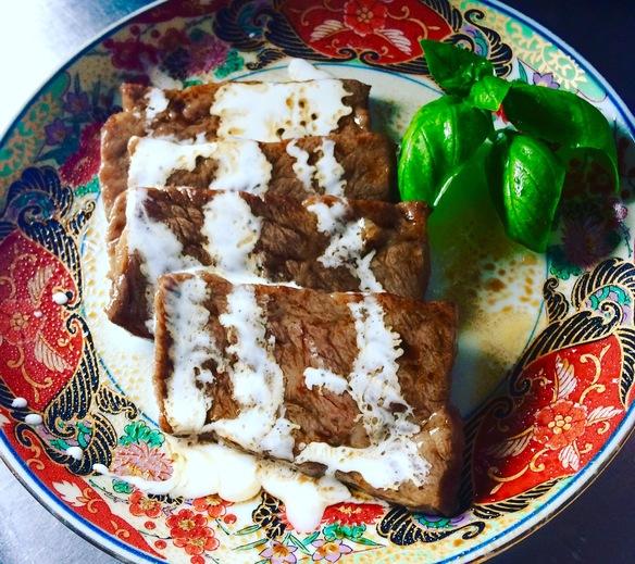 松坂牛の焼肉プレミアム豆乳クリームソース