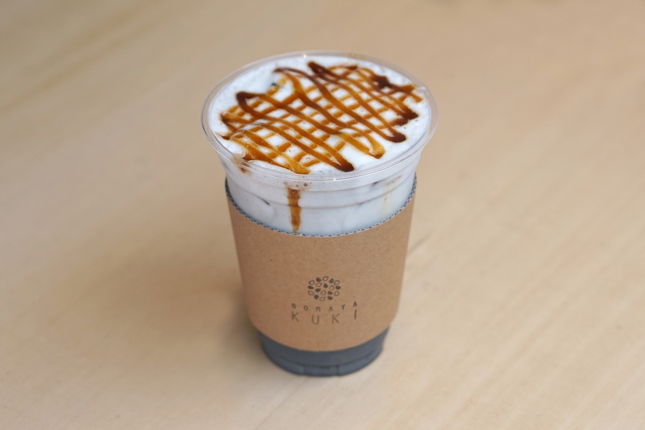 6000粒の黒ごまラテ(HOT/ICE) / Sesame latte made with 6000 sesame seeds(HOT/ICE)