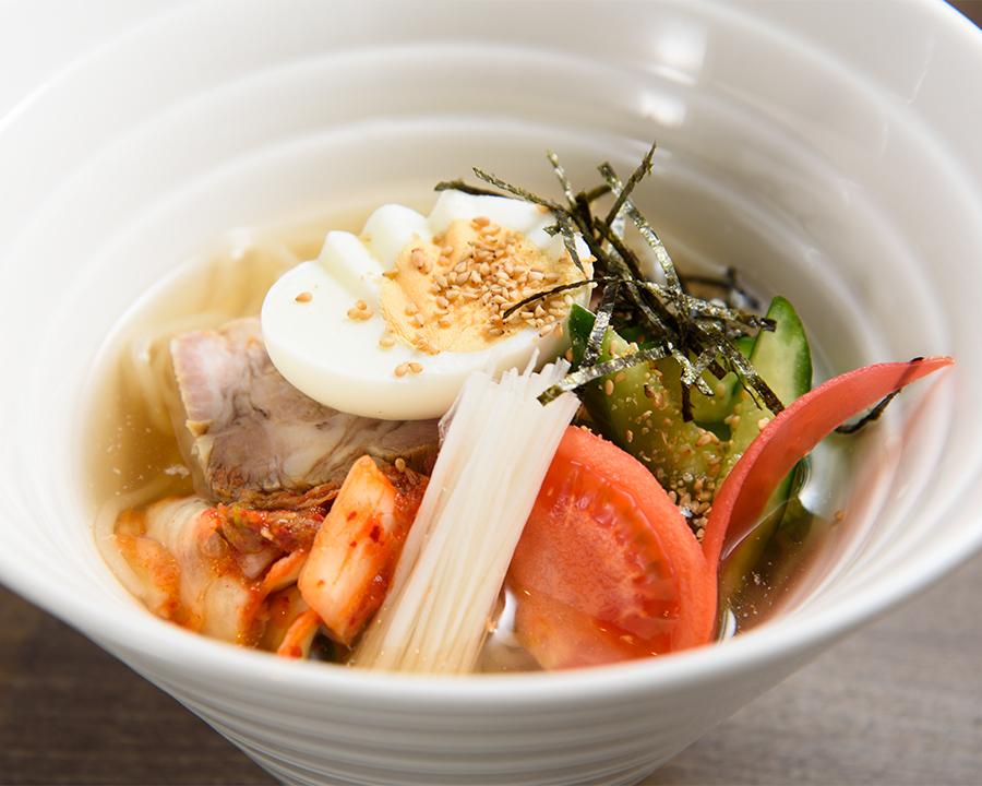 冷麺(880円)