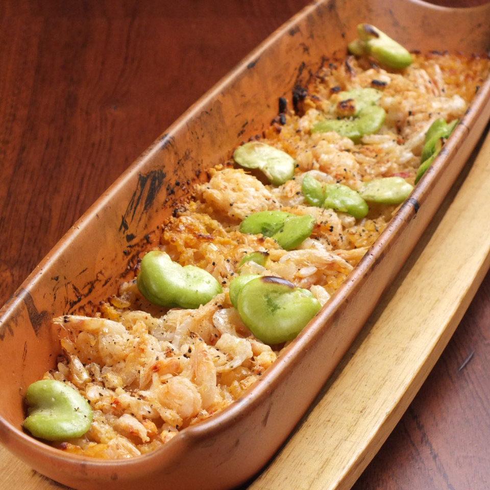 桜海老とそら豆のビスク焼きリゾット