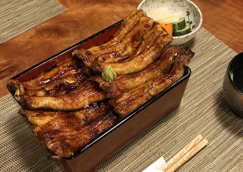 二鰻羽織重(ににんばおりじゅう)(8580円(税込))