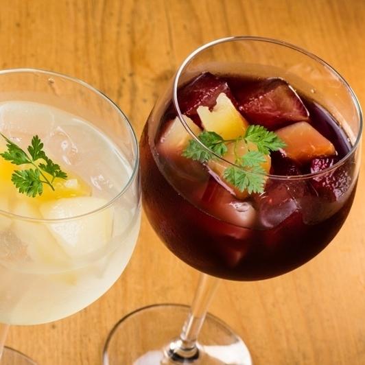 季節のフルーツ入り 梅酒サングリア