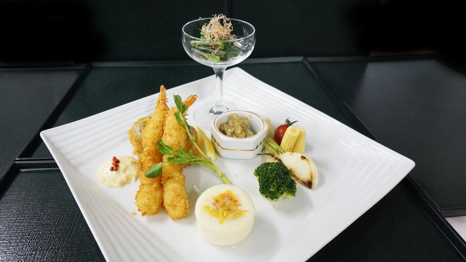 [春の山菜ランチフェア]春の山菜入りプレートランチ(入浴込)