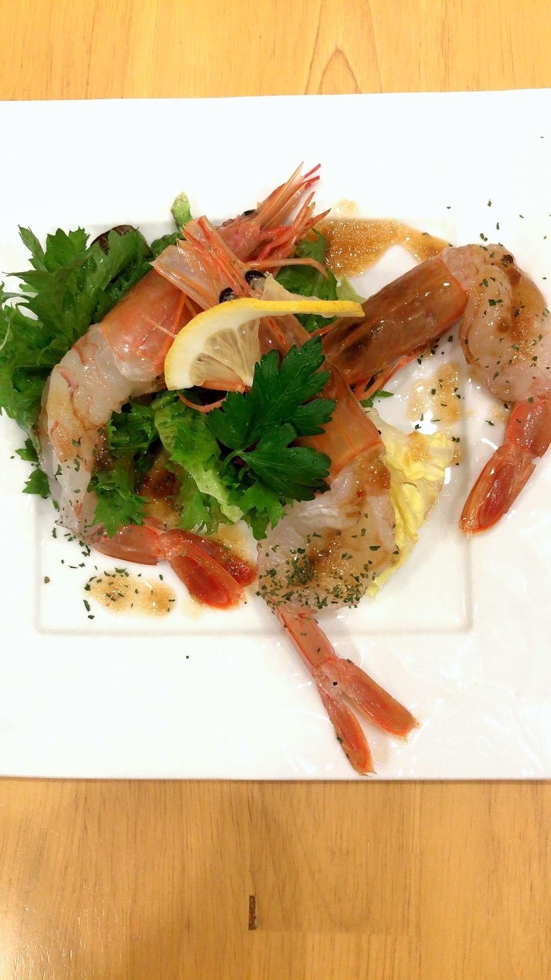 アルゼンチン赤海老のカルパッチョ三匹