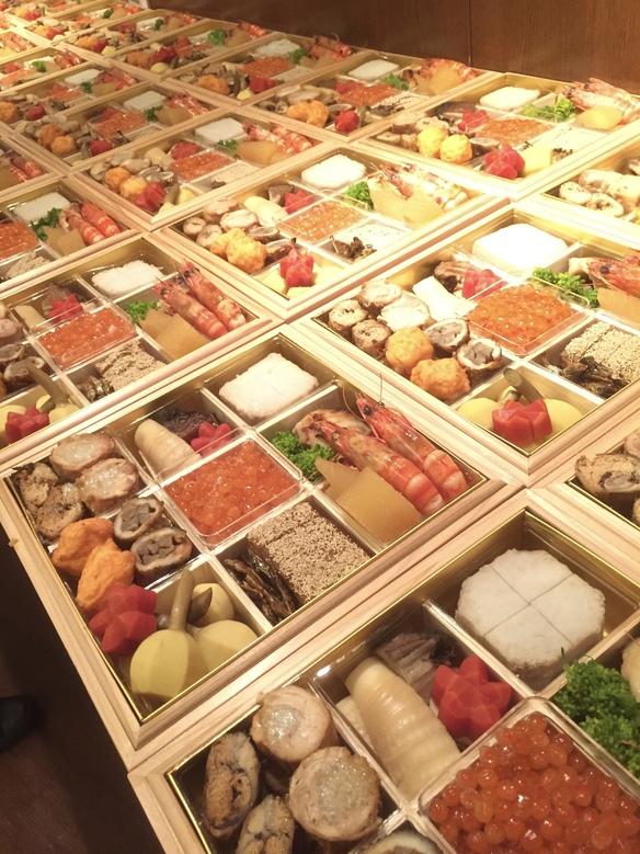 おせち料理(完全予約制.限定50食)