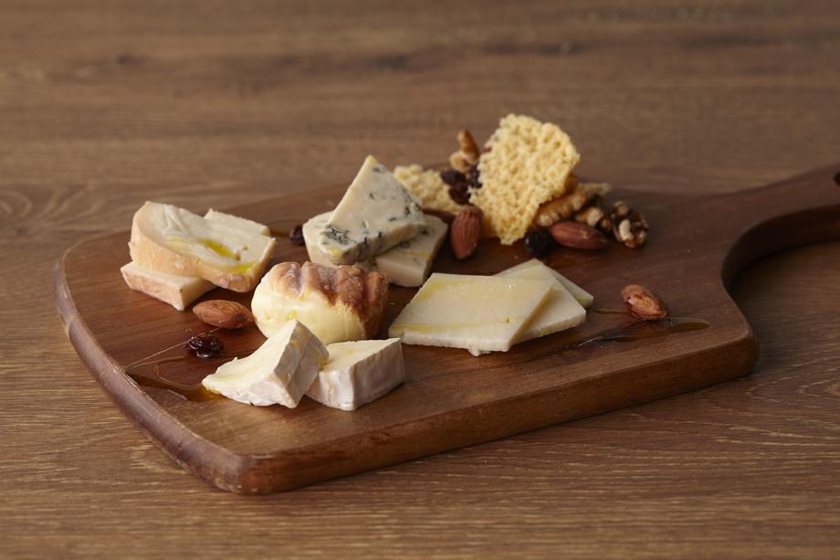 チーズ各種(500円~)