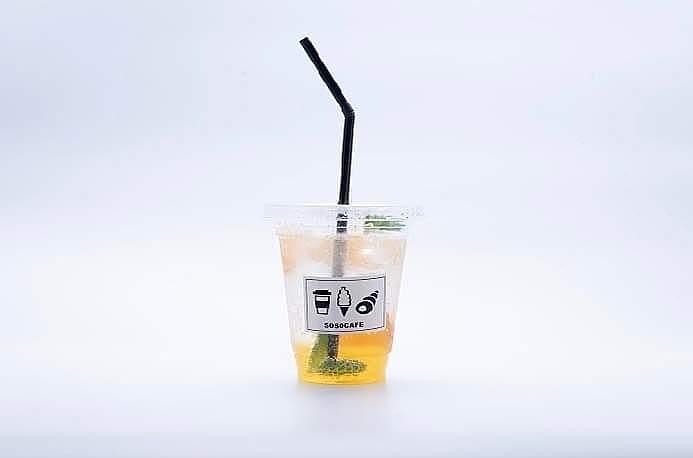 季節の自家製フルーツソーダ(380円(税別))