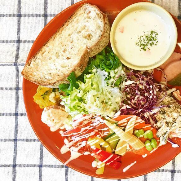 彩り野菜サンド