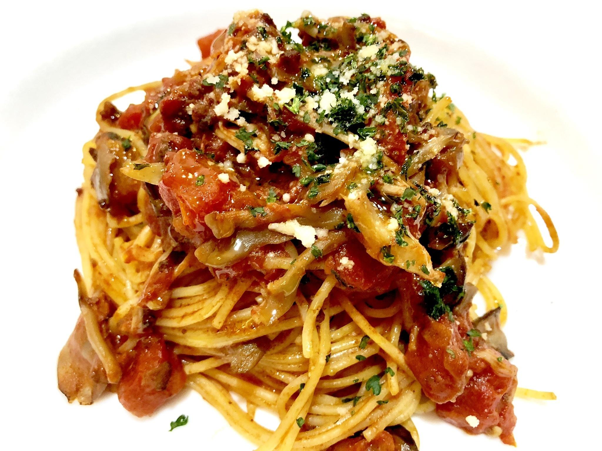スパゲッティ きのこのボロネーゼソース