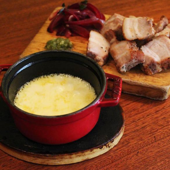 お肉に合う!ラクレットチーズソース