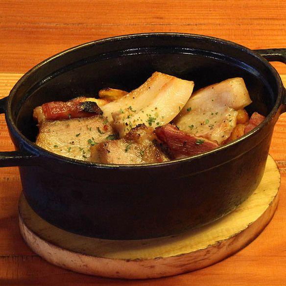 厚切りホエー豚と白インゲン豆のカスレ