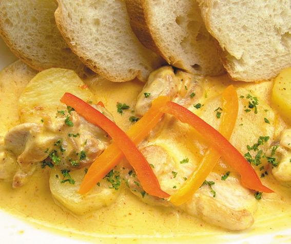 ジャガイモと鶏肉のサハラ特製ピリ辛クリーム
