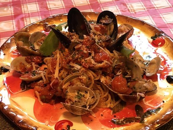 広島県産ムール貝とあさりのボンゴレコッツェ・ロッソ