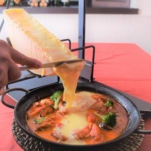 [早期ご予約特典付忘年会プラン]飲み放題付チーズラクレット掛けチーズタッカルビシェアコース