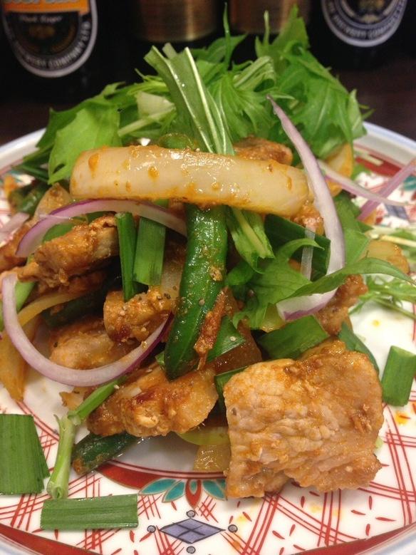 豚肉のレッドカレー炒め(プリッキン)