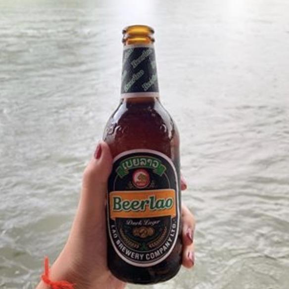ビアラオダーク(ラオスの黒ビール)