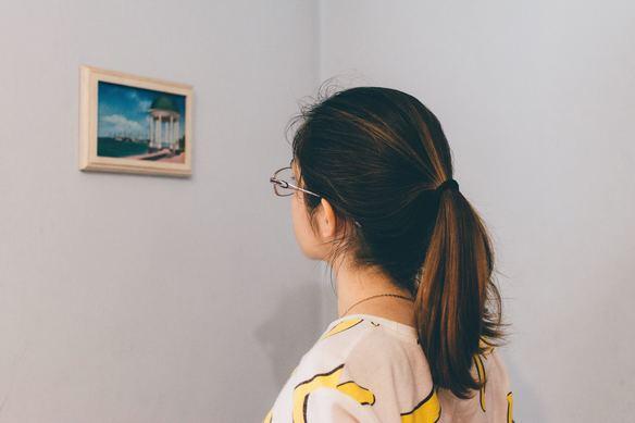 絵画や写真の個展に