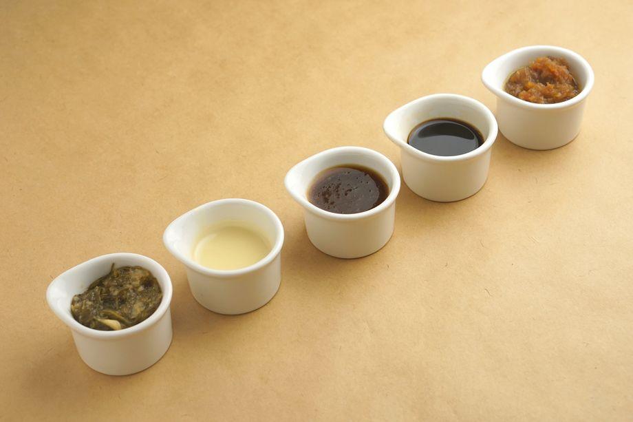選べる5種の特製ソース