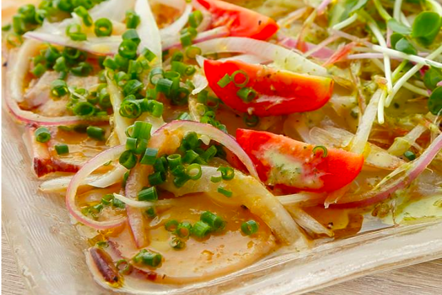 足立市場直送鮮魚のカルパッチョ 2種盛り~2種のドレッシングで〜