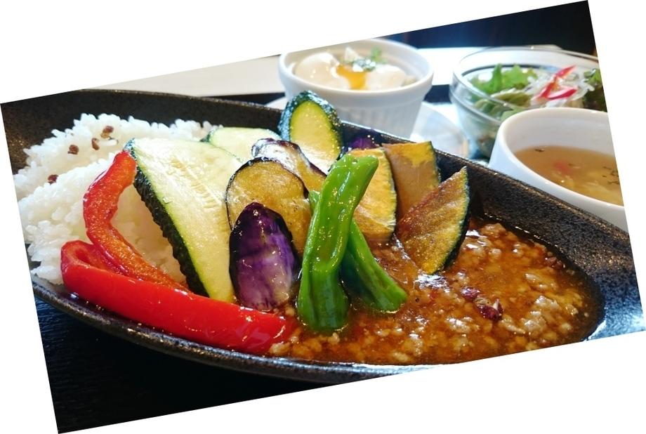 平日のランチ:ピリ辛 マーボーナス丼