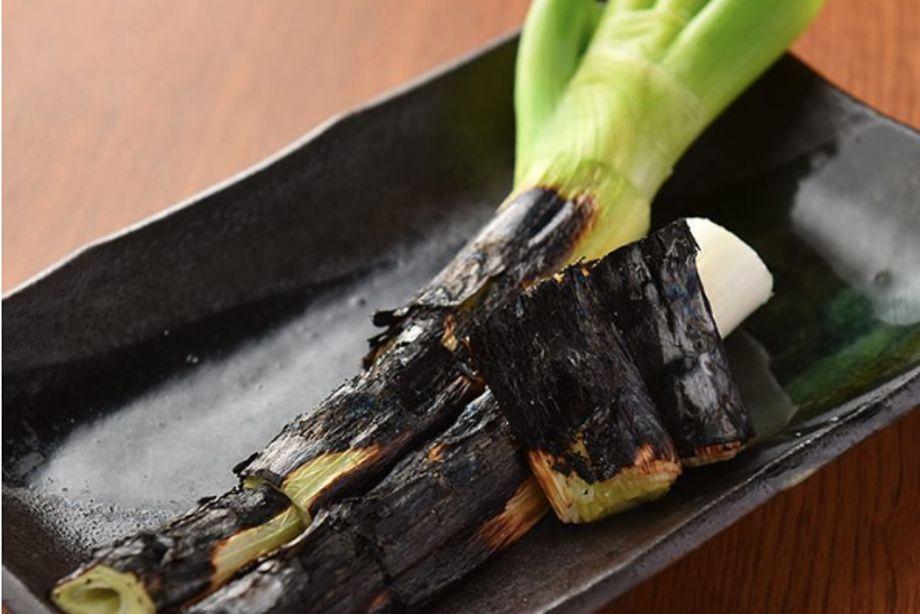 千住葱の炭火焼き(580円)