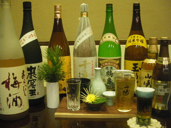 日本酒、焼酎、ビール、ウイスキー、果実酒、ソフトドリンク、各種