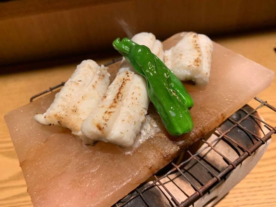 穴子の岩塩白焼き(1,500円(税抜き))