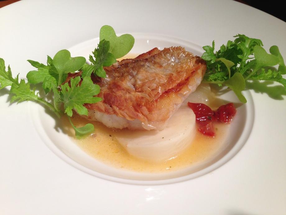 玄海産金目鯛のパリパリ鱗焼き
