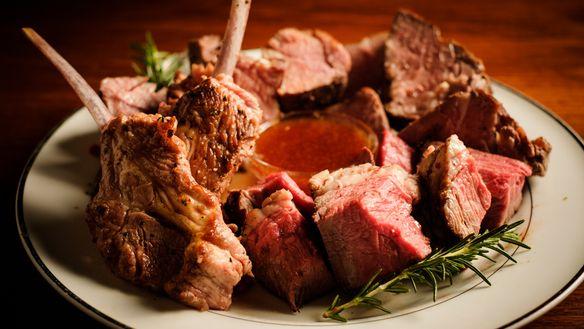 【9月限定】塊羊肉4種食べ放題含む「ラム&マトン食べ比べコース」全10品