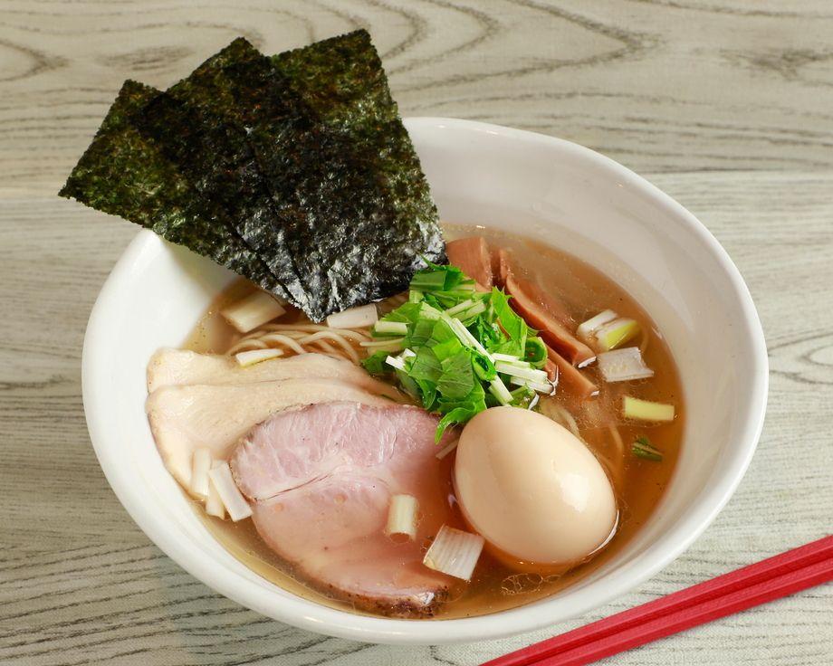 特製鶏出汁塩ラーメン(1,000円)