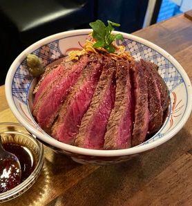 シカゴブルズステーキ丼