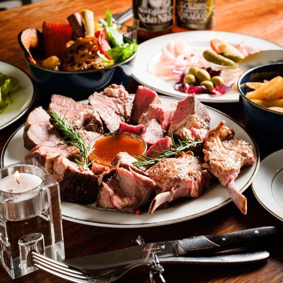 【スタンダードラム肉コース】当店名物の塊ラム肉5種盛りが楽しめる!「2,980円(税込み)9品」飲み放題対応可能!