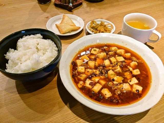 仁さんの四川風麻婆豆腐定食