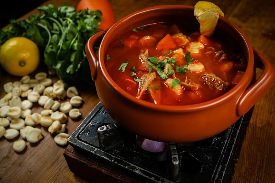 SOPA DE MONDONGO ハチノスのスープ(1500円)