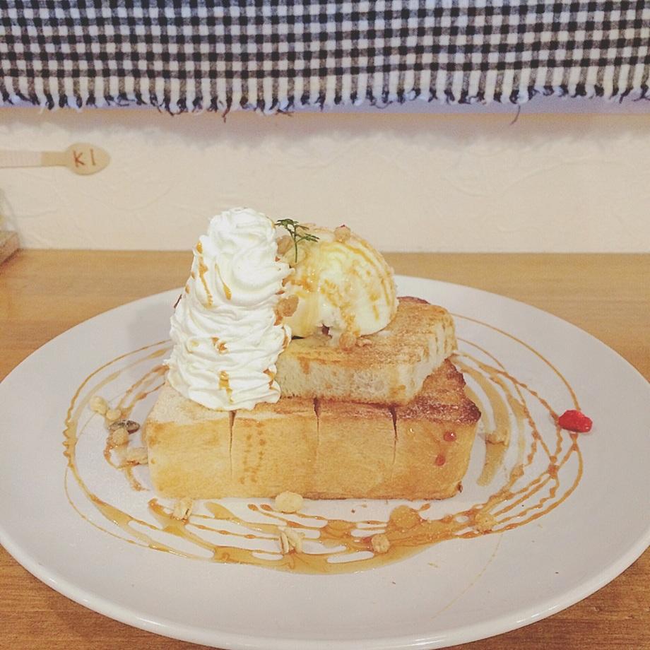HONEYトースト(¥680)