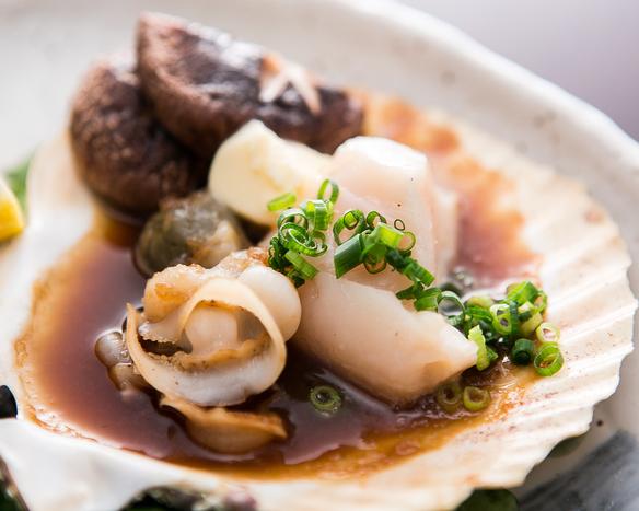 北海道産ホッキ貝のガーリックバター焼き
