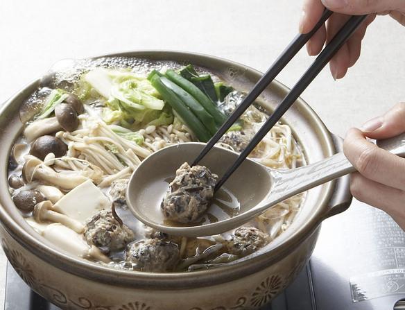 【名物鍋コース】付出し、お造り盛り合せ、珍々鍋(ちんちんなべ)、うどん、