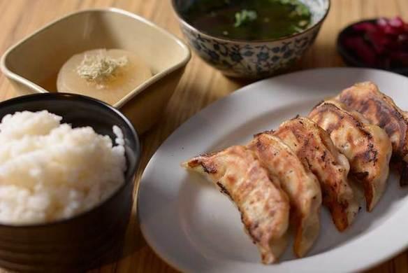 肉汁駆け込み焼き餃子定食(ライスおかわり無料)