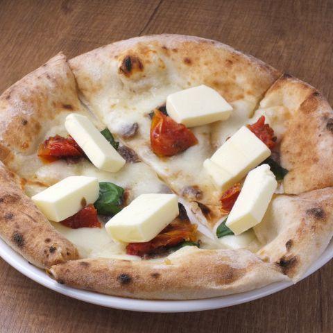 ゴルゴンゾーラチーズと蜂蜜のピッツァ