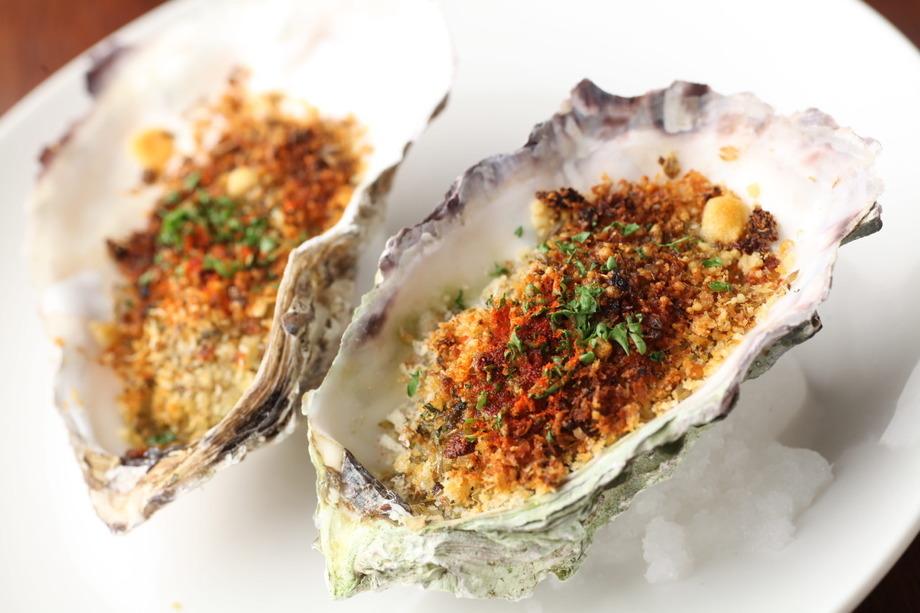 牡蠣のアンチョビガーリックパン粉焼き((2piece)500円 (税抜))