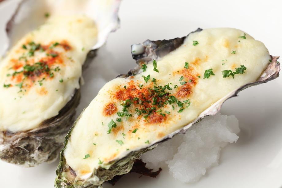 牡蠣のゴルゴンゾーラクリーム焼き((2piece)500円 (税抜))