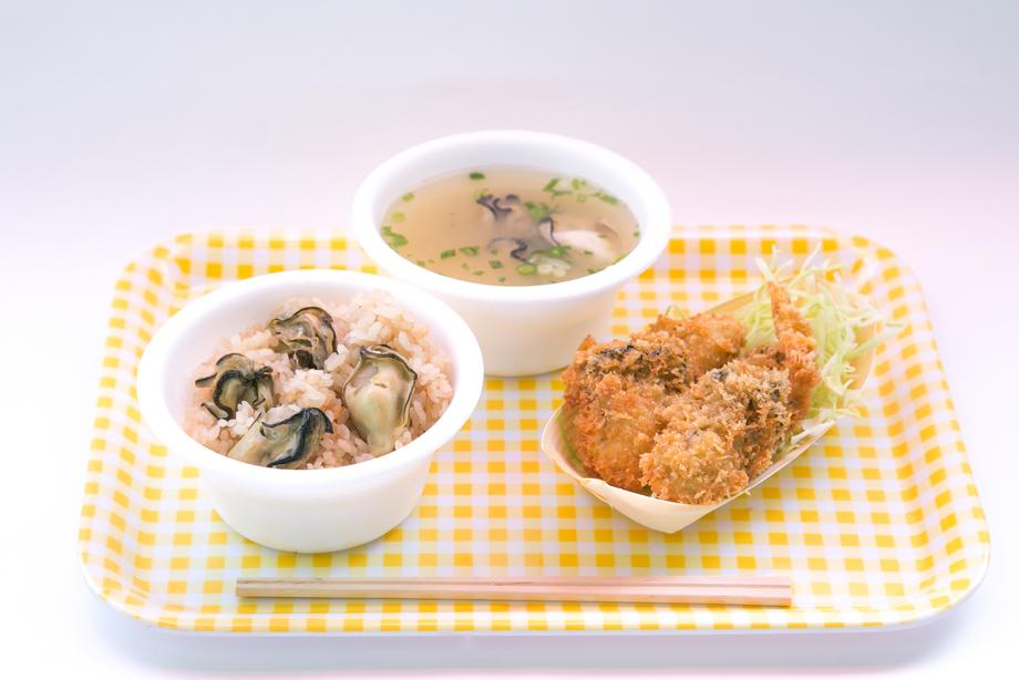 かき定食(800円)