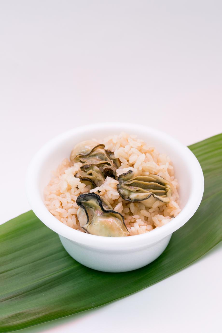 かき飯(300円)