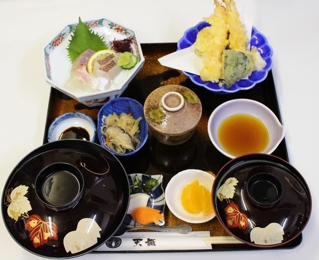 ランチ:和定食(1200円)