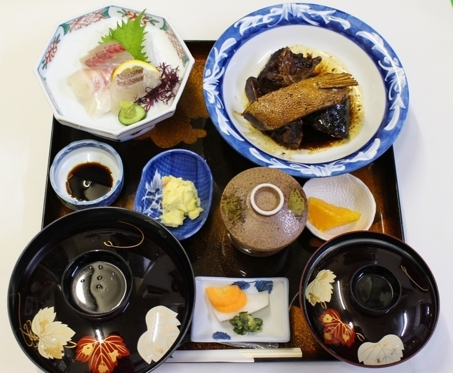 ランチ:玄海定食(1200円)