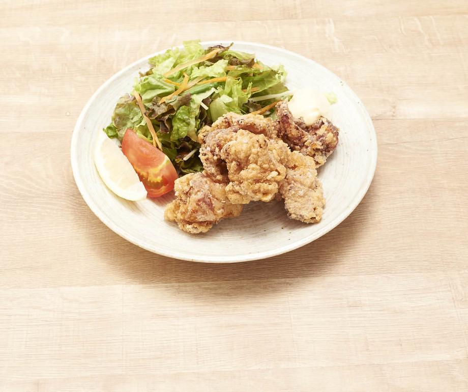 鶏のから揚げ定食(790円(税抜))