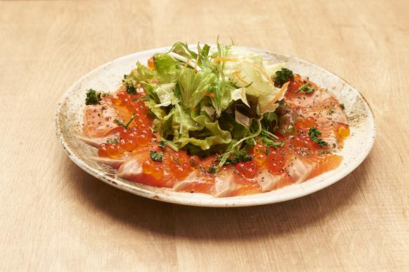 季節の鮮魚と九条葱のカルパッチョ