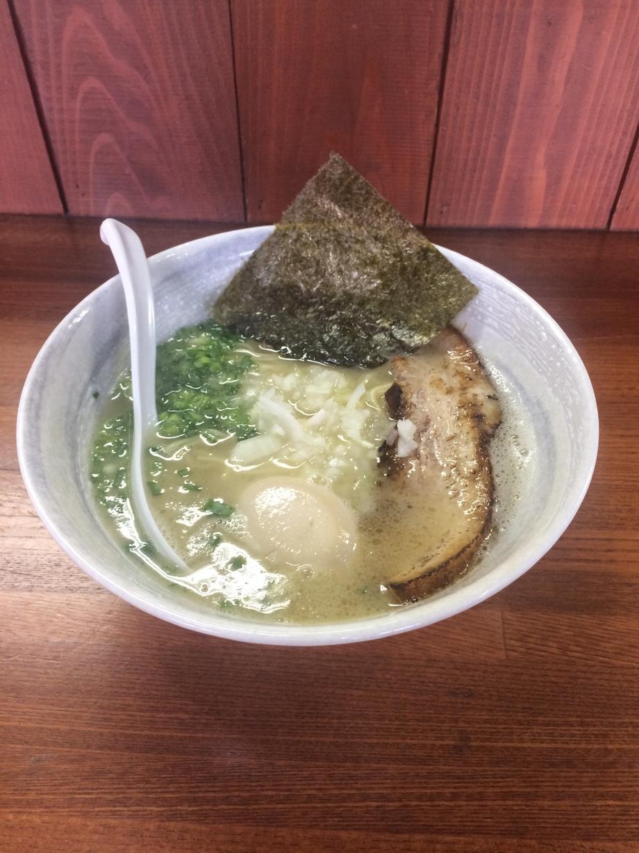 味玉塩鶏白湯ラーメン(790円)